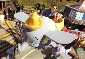 Het vliegende olifantje Dumbo in Disneyland Anaheim