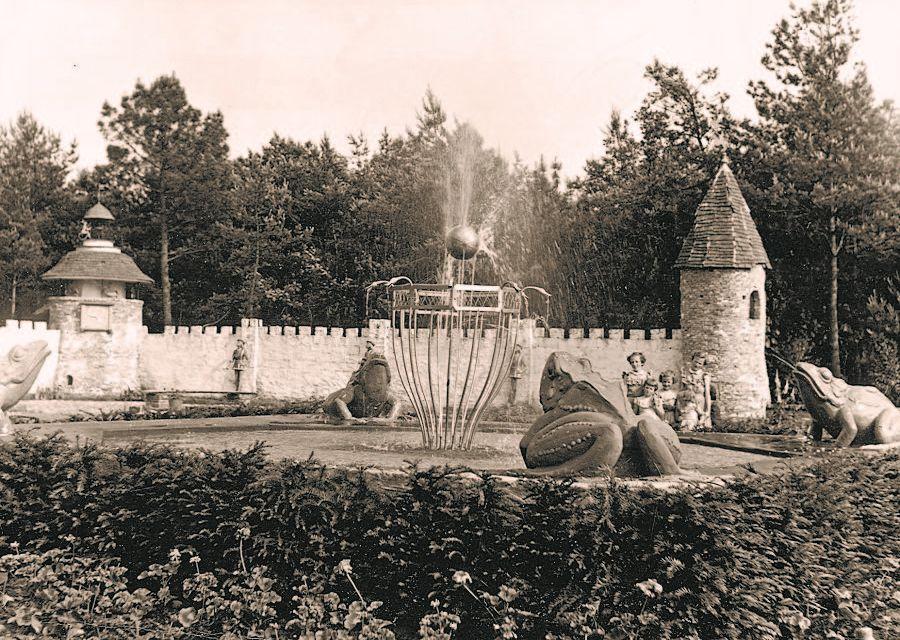 De Kikkerkoning in de Efteling in 1952